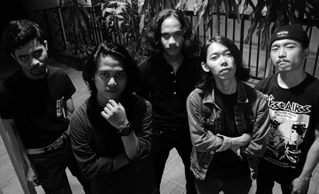 Gelora Rock Sosial Stinghaze untuk EP Perdana