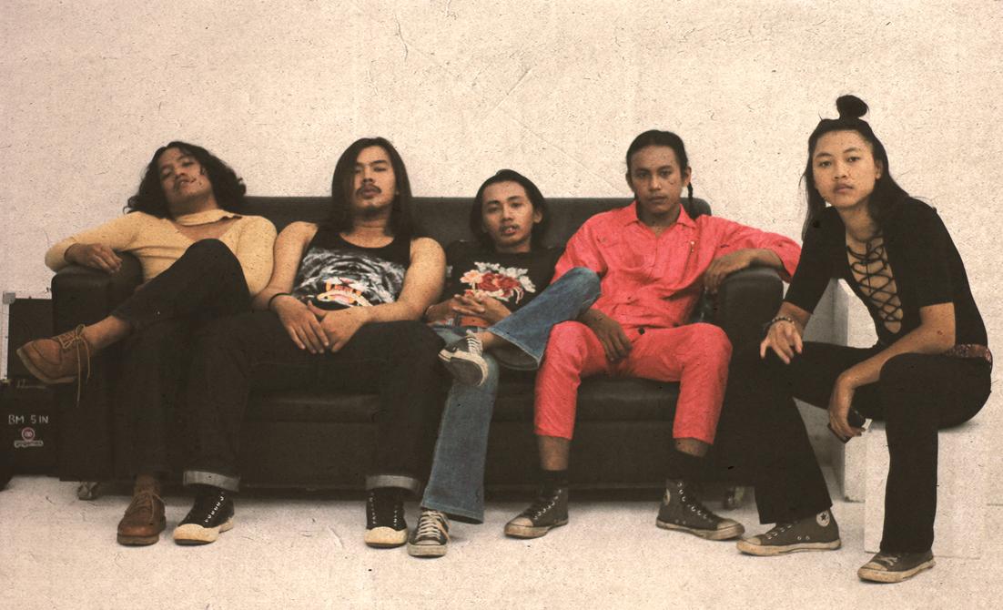 Single Kedua Tono Prance dalam Stoner Rock