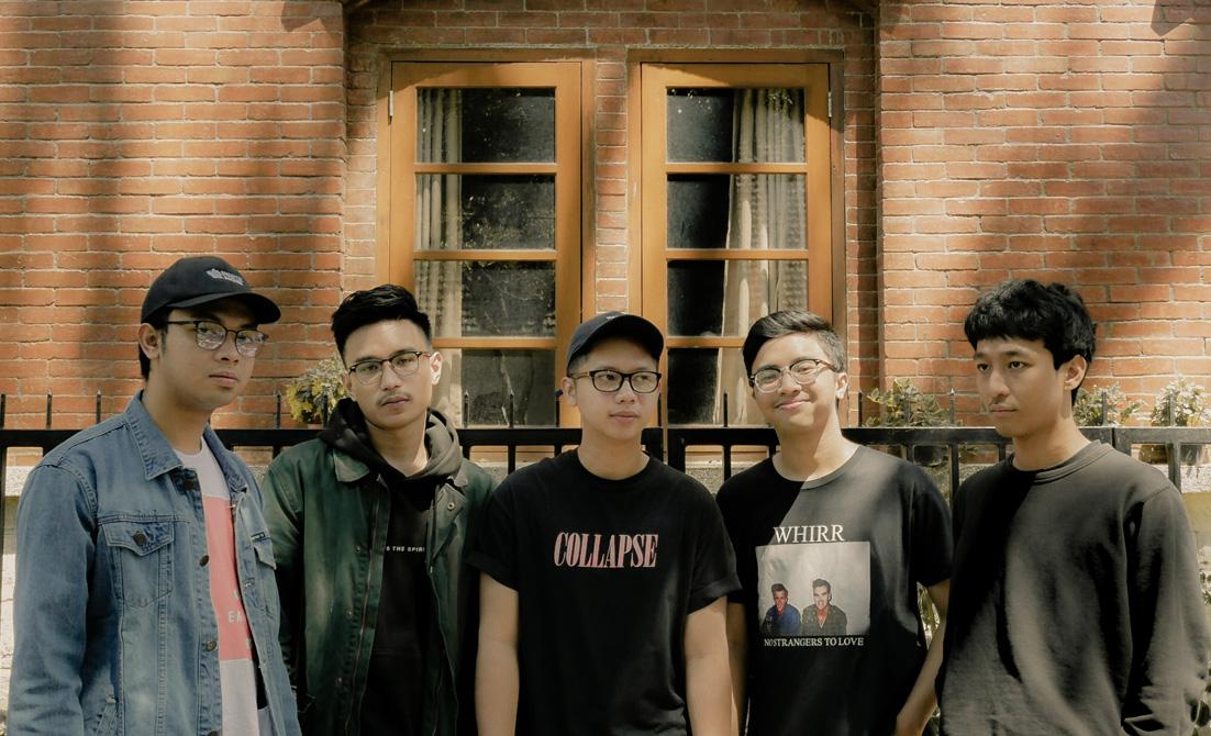 """Moar"" Mini Album Perpanjangan Nafas Shewn"