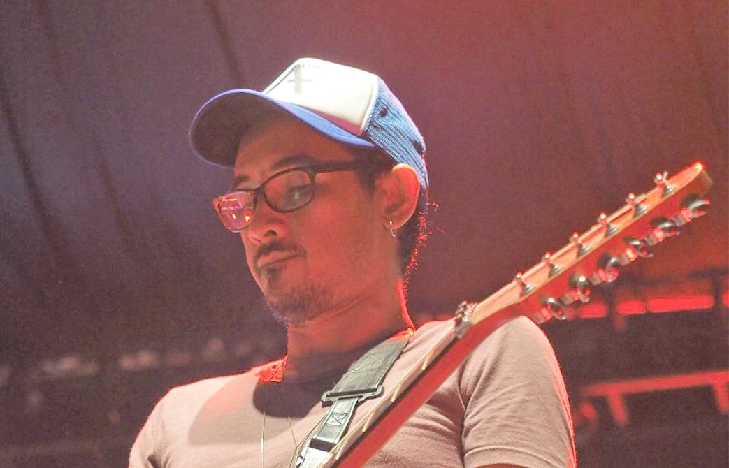 """Kepasrahan Adnil Melalui Single """"Sumarah"""""""